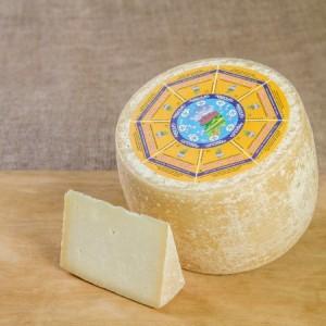 Sardinia goat cheese - Argiolas Formaggi