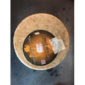 Semiaged pecorino cheese made in Sardinia, Orotelli - Inke
